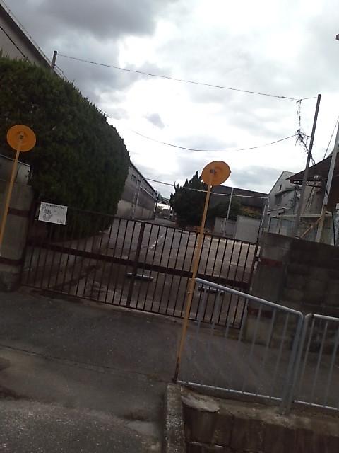 門・車止め